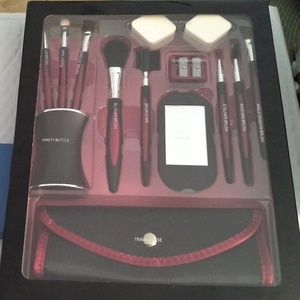 Other - Cosmetics Makeup Accessories Kit *HOST PICK*